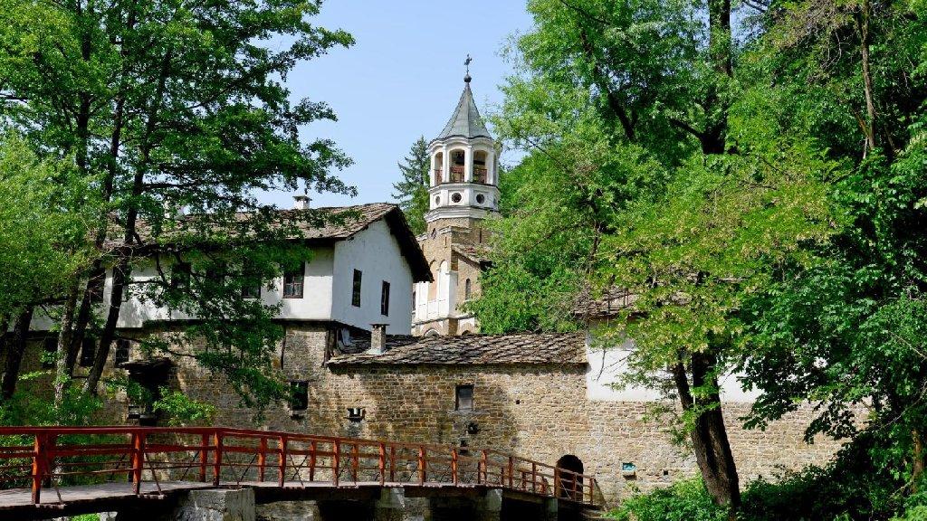 EXCURSIE 1 ZI BULGARIA - DRYANOVO - TRYAVNA